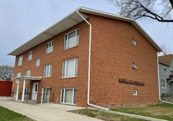 Downtown Bismarck 2 bedroom apartment for lease rent at 514 N 9th Street Morris Tschider Apartments